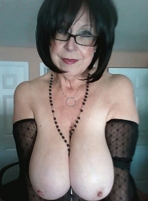 Mature Boobs Porn Pictures