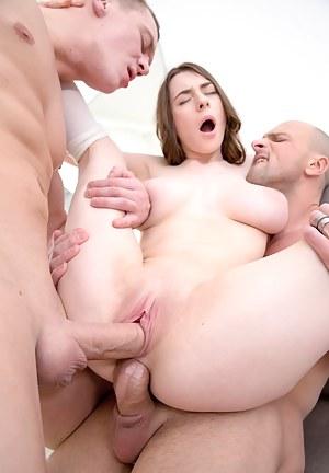 Big Boobs Orgasm Porn Pictures