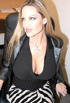 Big Boobs Office Porn Pictures