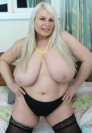 Big Fat Boobs Porn Pictures