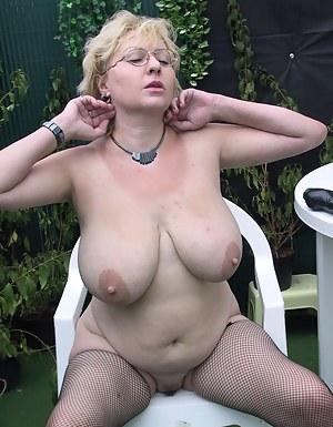 Big Boobs Fishnet Porn Pictures